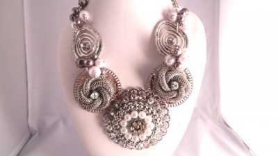 3D Silver and Pearl Necklace