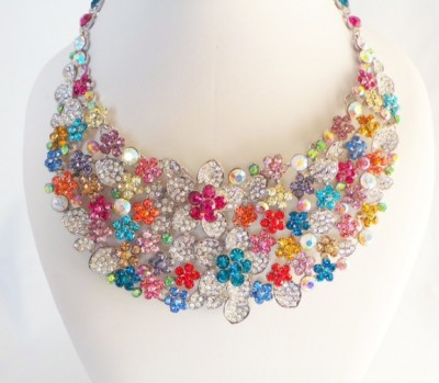 Ultimate Floral Multicolor Chocker